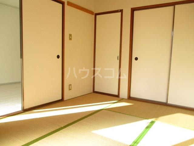 サニーコーポ富士見A 102号室の居室