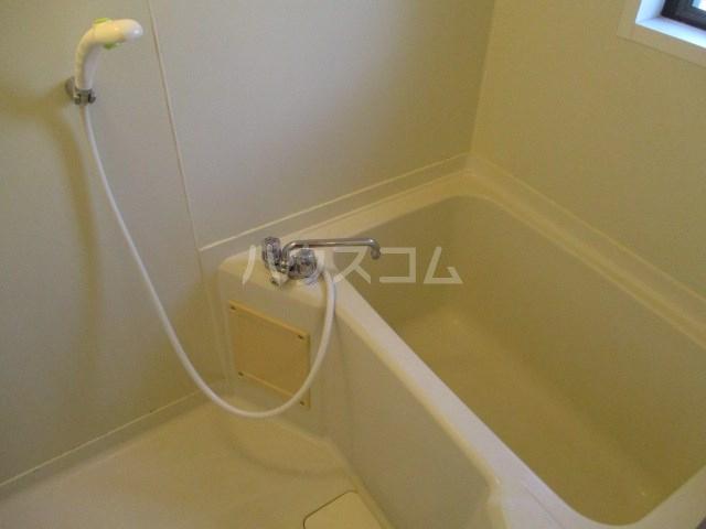 プリムローズ 203号室の風呂