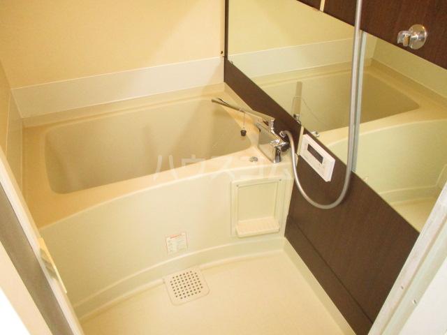 ガーデンヒル千葉寺 101号室の風呂