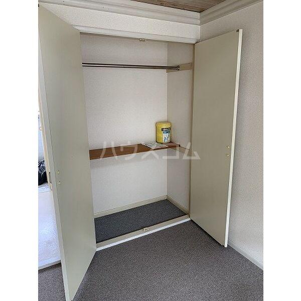 パレス桜第6 202号室の収納