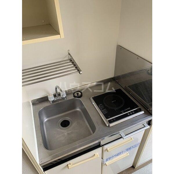 パレス桜第6 202号室のキッチン