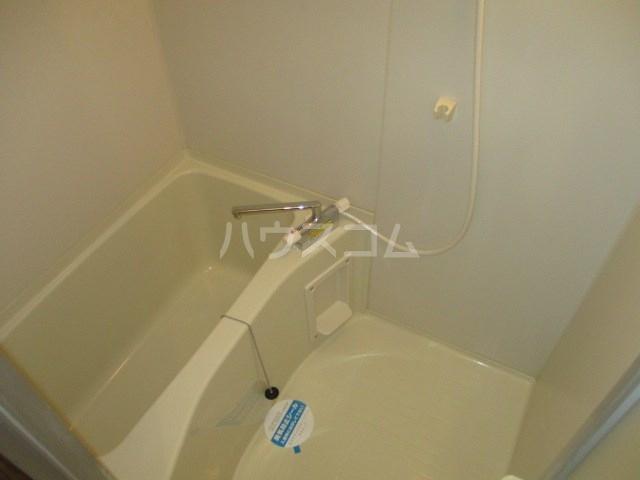 カサジュール 103号室の風呂
