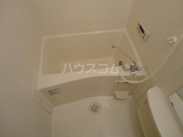 ライラックヒルズ 205号室の風呂