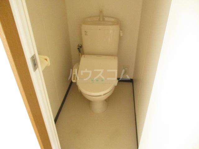サワークレスト 303号室のトイレ
