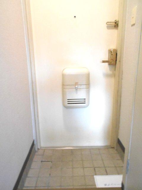 アクトピア八事Ⅰ 202号室の玄関