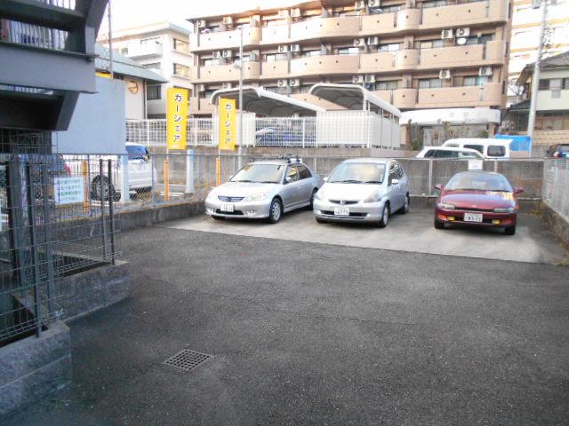 アクトピア八事Ⅰ 202号室の駐車場