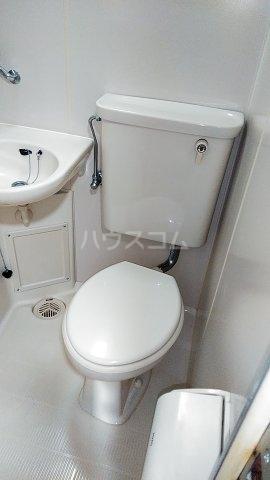 Mフラット 101号室のトイレ