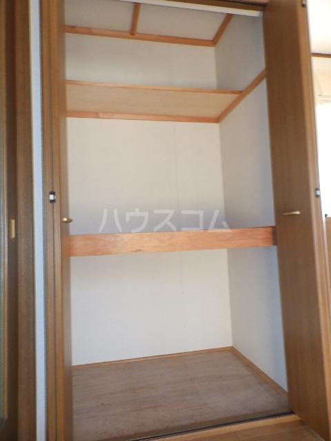 サンコーポヤマブン 101号室の収納