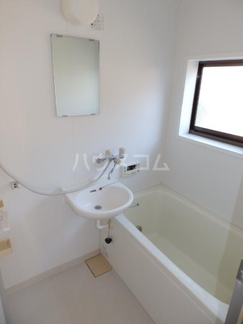 サンコーポヤマブン 101号室の風呂