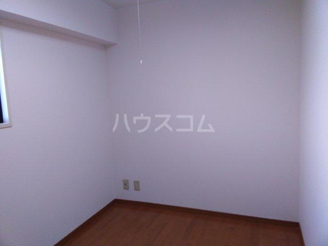 シャトーレ滝ノ水 3C号室の居室
