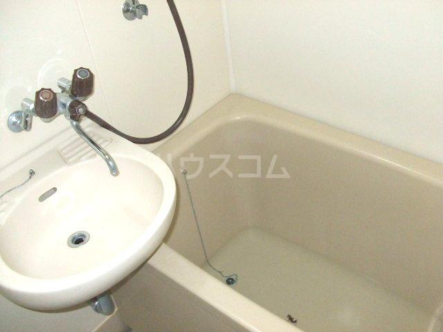 コーポヒコ 201号室の風呂
