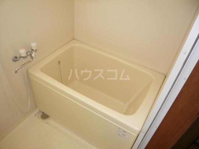 CASA IWANAMI 301号室の風呂