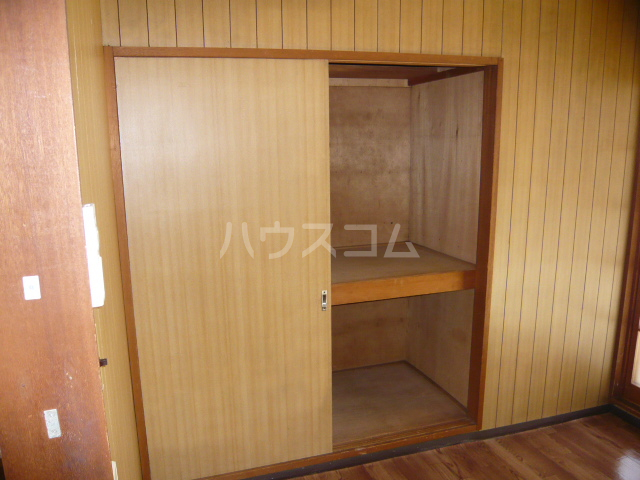 CASA IWANAMI 301号室の収納