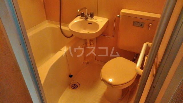 グリーンルーフ妙音 203号室の風呂