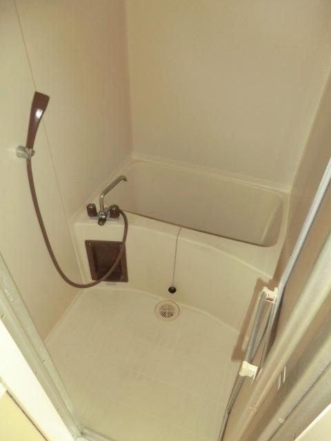 エミール1st 403号室の風呂