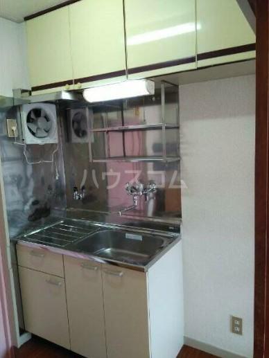 ヴィラテレサ 302号室のキッチン