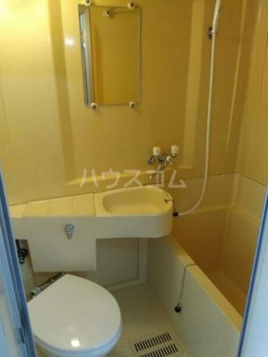 ヴィラテレサ 302号室の風呂