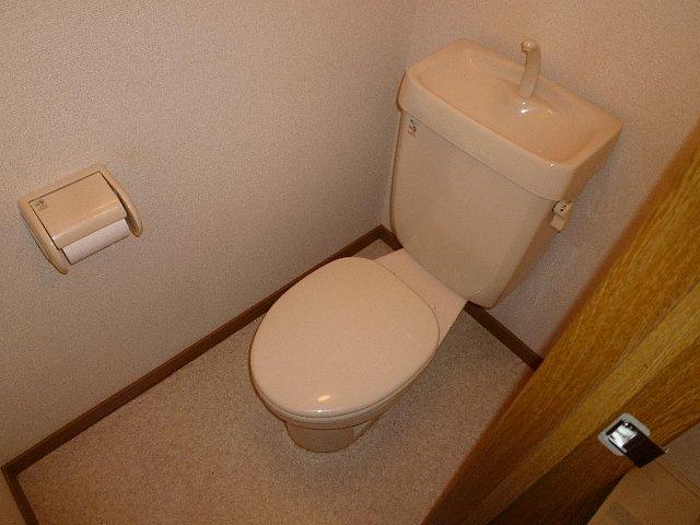 アムールプルミエ A棟 103号室のトイレ