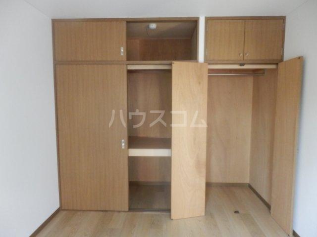 フローラ相川 206号室の収納