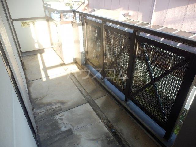 フローラ相川 206号室のバルコニー