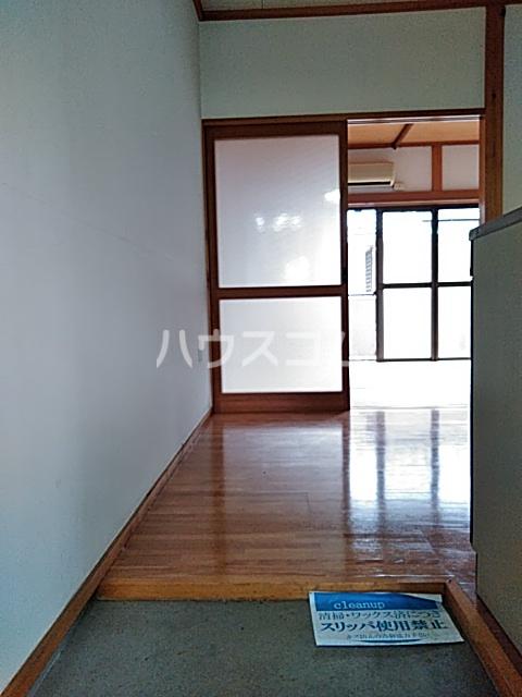 竹内コーポ 201号室の玄関