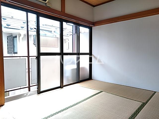 竹内コーポ 201号室のリビング