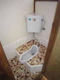 白樺荘 204号室のトイレ