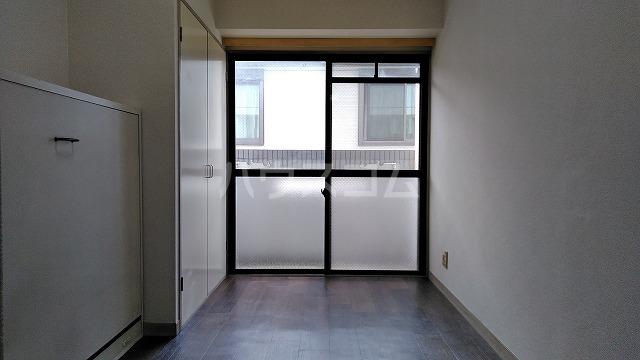 ドーム桜山 4D号室のキッチン