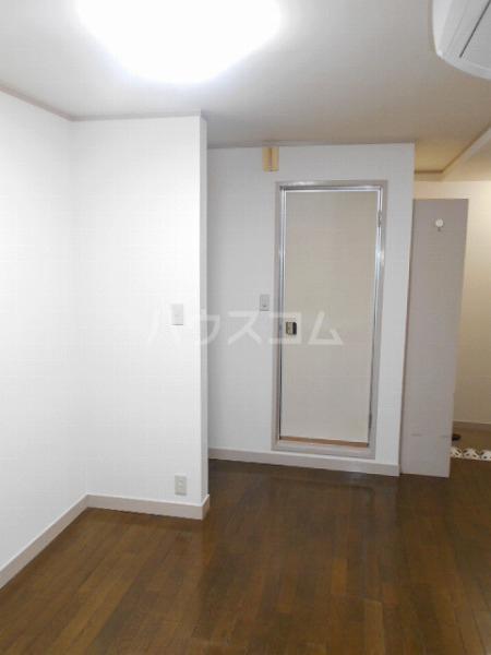 柳屋ビル 303号室のその他