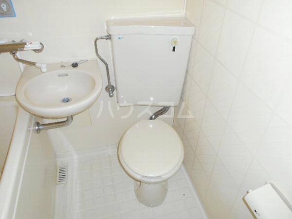 柳屋ビル 303号室のトイレ