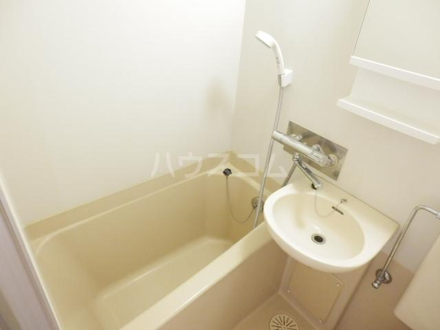 ハイツトーカンドー 103号室の風呂