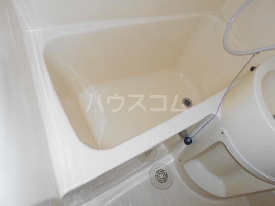 セリーヌ三軒茶屋 202号室の風呂