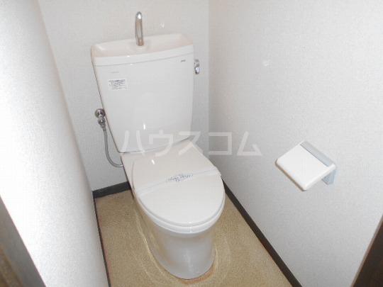 セリーヌ三軒茶屋 202号室のトイレ