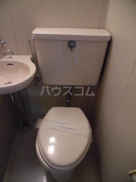 メゾンロビン 202号室のトイレ