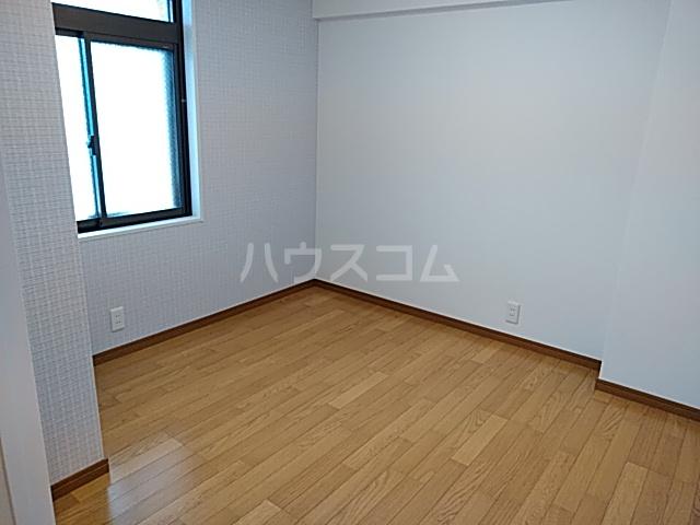 等々力フラワーガーデン 208号室のベッドルーム