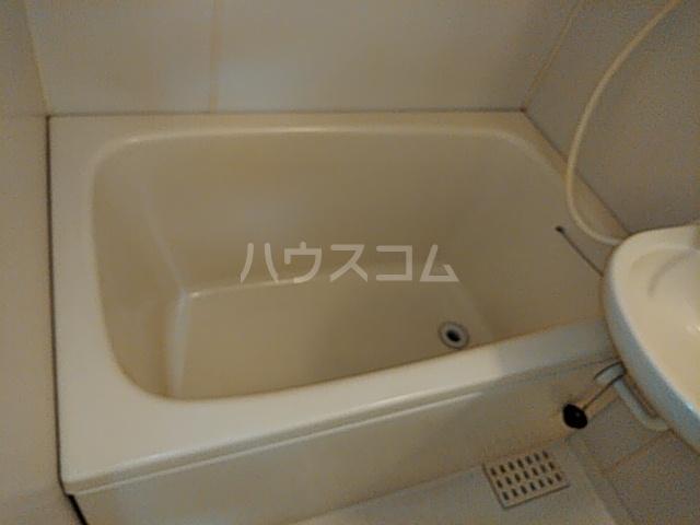 等々力フラワーガーデン 208号室の風呂