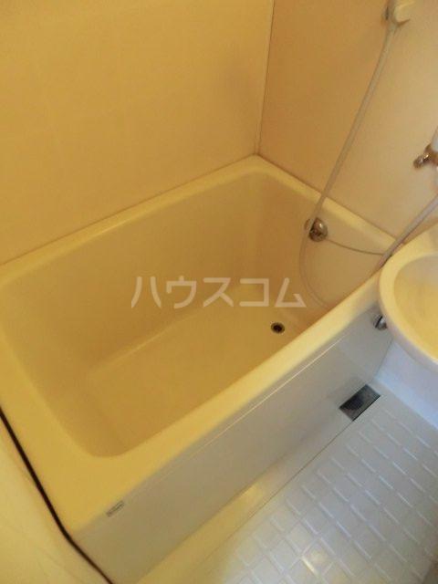 サンセイハイツ 202号室の風呂