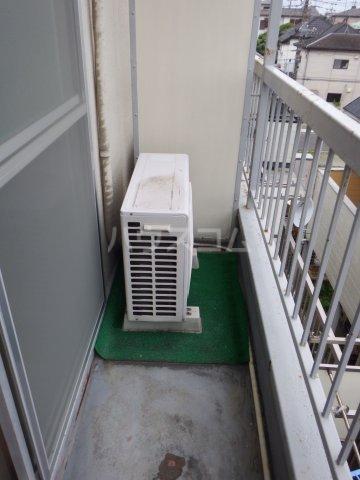 五香サンロードス 305号室のバルコニー