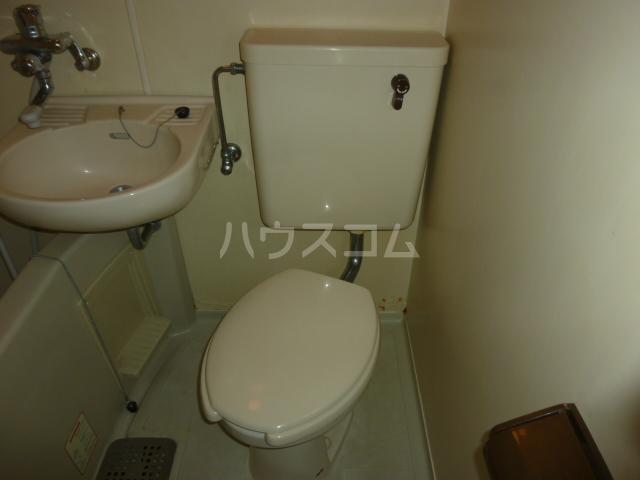 タキハウス 102号室のトイレ