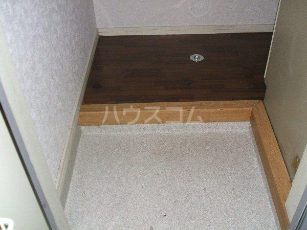 タキハウス 102号室の玄関