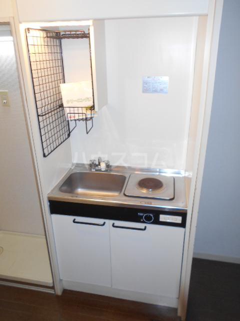 ファイン ロゼ 201号室のキッチン