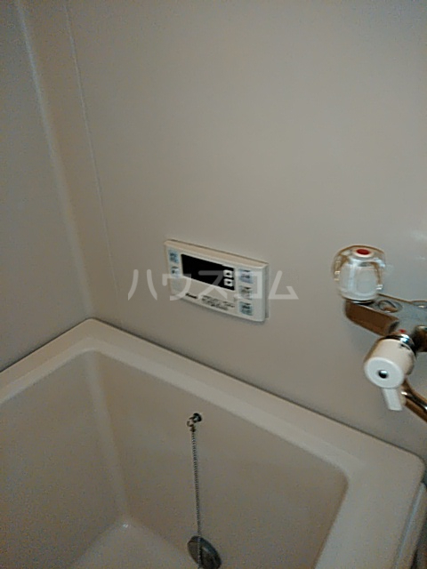 レーベン港 406号室の風呂