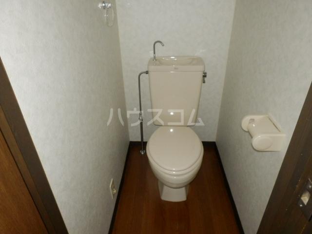 ベルコリーヌⅢ 208号室のトイレ