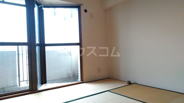 浅野ビル 6B号室の居室