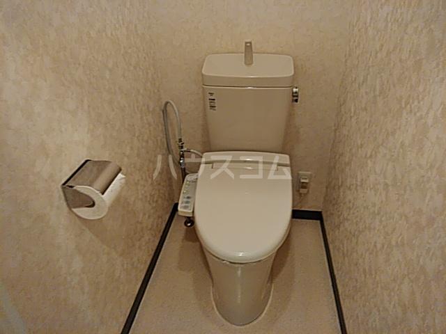等々力フラワーガーデン 108号室のトイレ