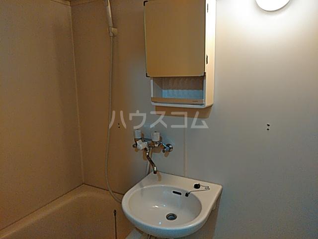 等々力フラワーガーデン 108号室の洗面所