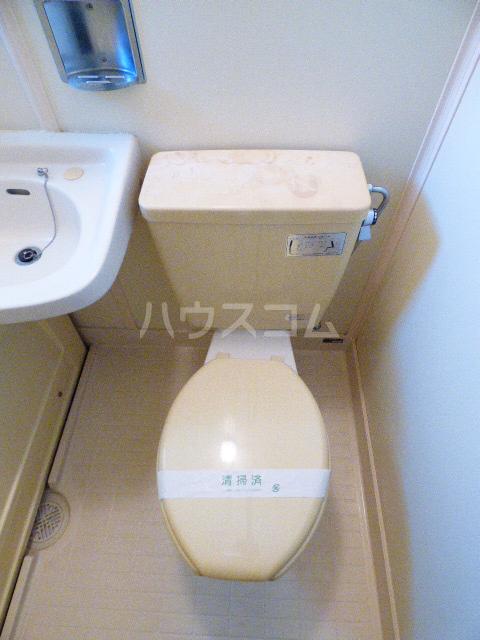コーポ四季 202号室のトイレ