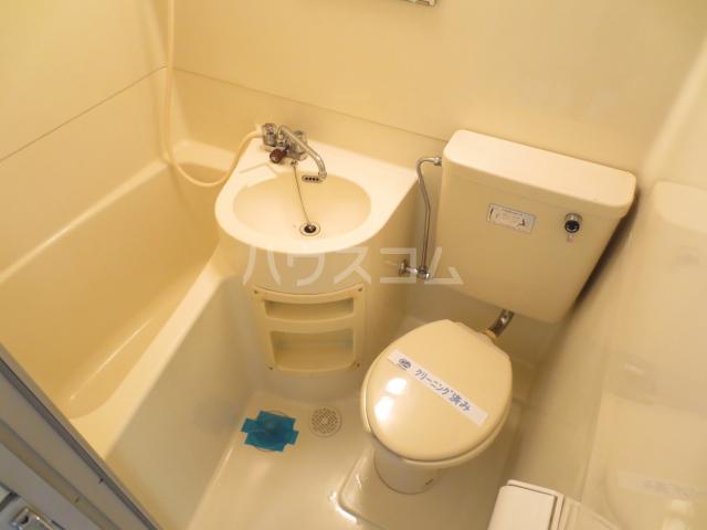 ジュネパレス津田沼第3 105号室の風呂