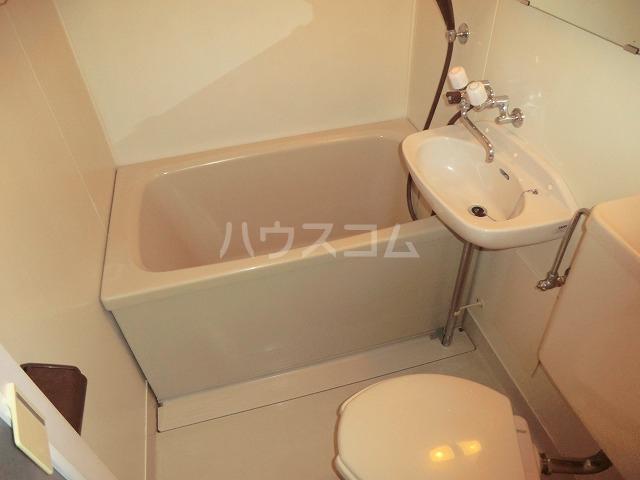 セントポーリア 104号室の風呂
