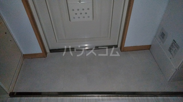 下坂ハイツ 1C号室の玄関